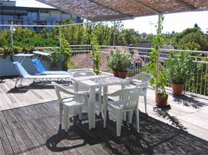 dettaglio su terrazza dell'Hotel Capri a Rimini