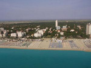 Panoramica su Pineta, Spiaggia e Mare di Milano Marittima