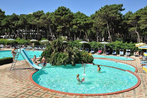 Alberghi con piscina a milano marittima in hotel 3 stelle - Piscine per bambini piccoli ...