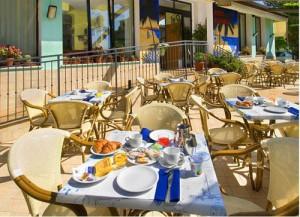Colazione all'Hotel Bahamas a Lido di Savio