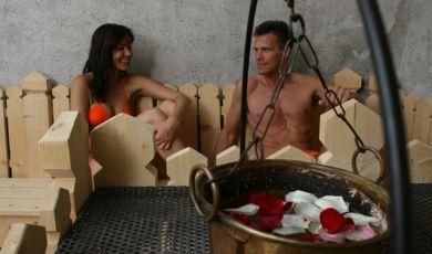 coppia in centro benessere Hotel Vedig